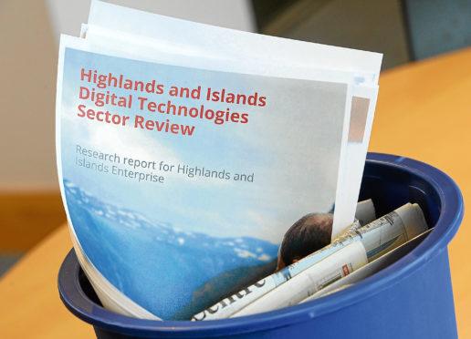 A binned HIE report on digital technologies.