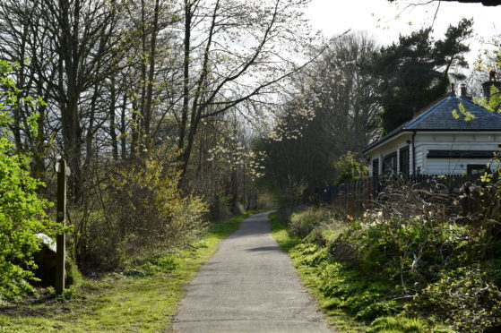 The Cairngorms National Park will have the final say on the proposed Deeside Way expansion.