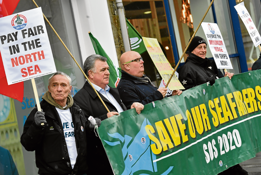 Seafarers chant 'port of shame' in pay protest