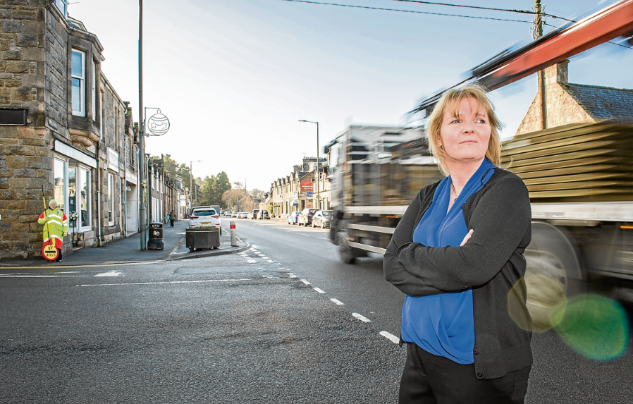 Fears that Moray streets could become gridlocked after council withdraws crossing patrollers