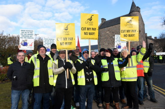 A month-long industrial dispute between Aberdeen bus drivers and First over new contract changes has come to an end