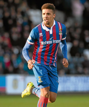 Nathan Austin wants to play against his old side Falkirk tomorrow.