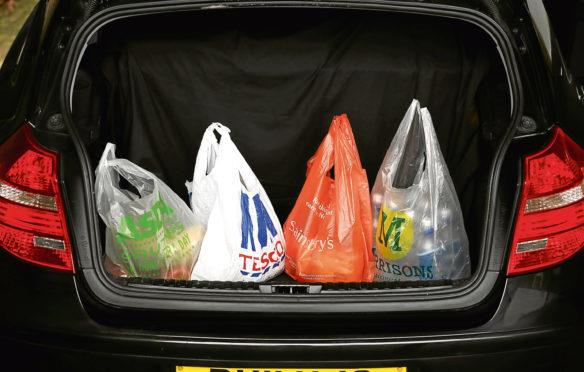 The union survey looked at the origin of fresh lamb on Scottish supermarket shelves.