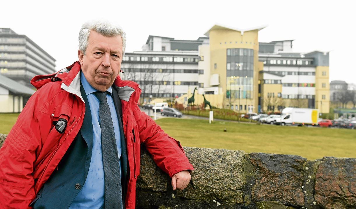 MSP Lewis Macdonald outside Royal Aberdeen Children's Hospital
