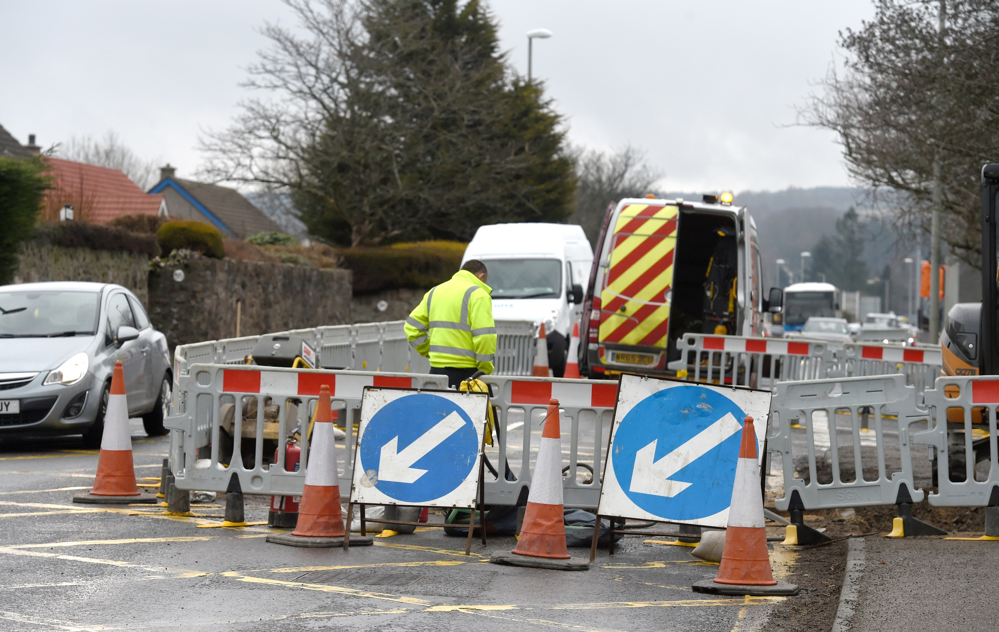 Work has started on Old Perth Road, Inverness to replace gas piping and will mean considerable traffic conjestion for four weeks. Picture by Sandy McCook.