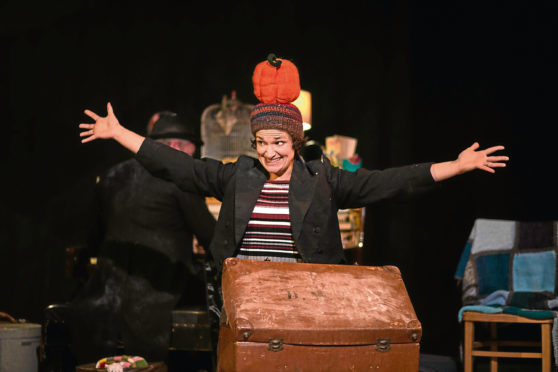 Attic theatre for your weekend april 2018