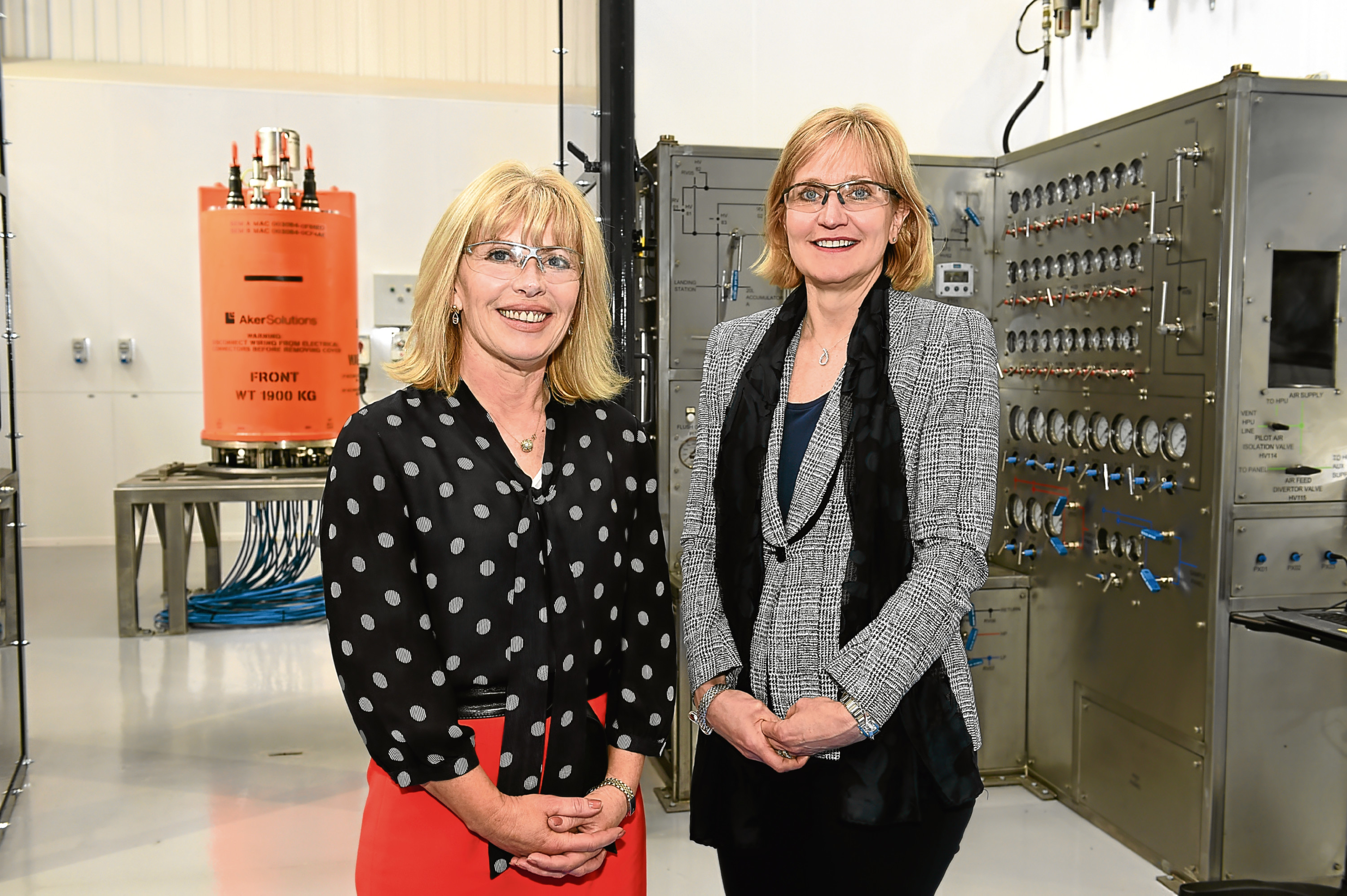 Aker Solutions New Subsea Service Base Opening at Howe Moss Terrace, Dyce. Picture of (L-R) Sian Lloyd Rees, Aker Solutions, and Deirdre Michie, Oil & Gas UK.  Picture by KENNY ELRICK     26/04/2018