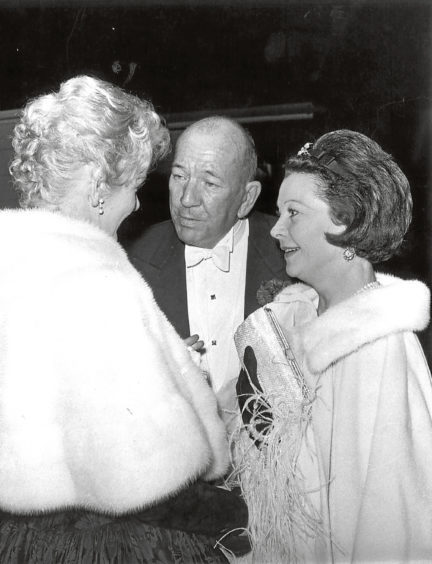 One of Herberts photographs of Elaine Stritch, Noel Coward and Vivienne Leigh