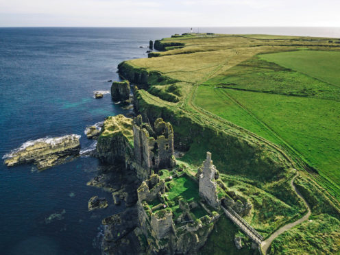 Castle Sinclair Girnigoe. Photo by Merlin Kafk