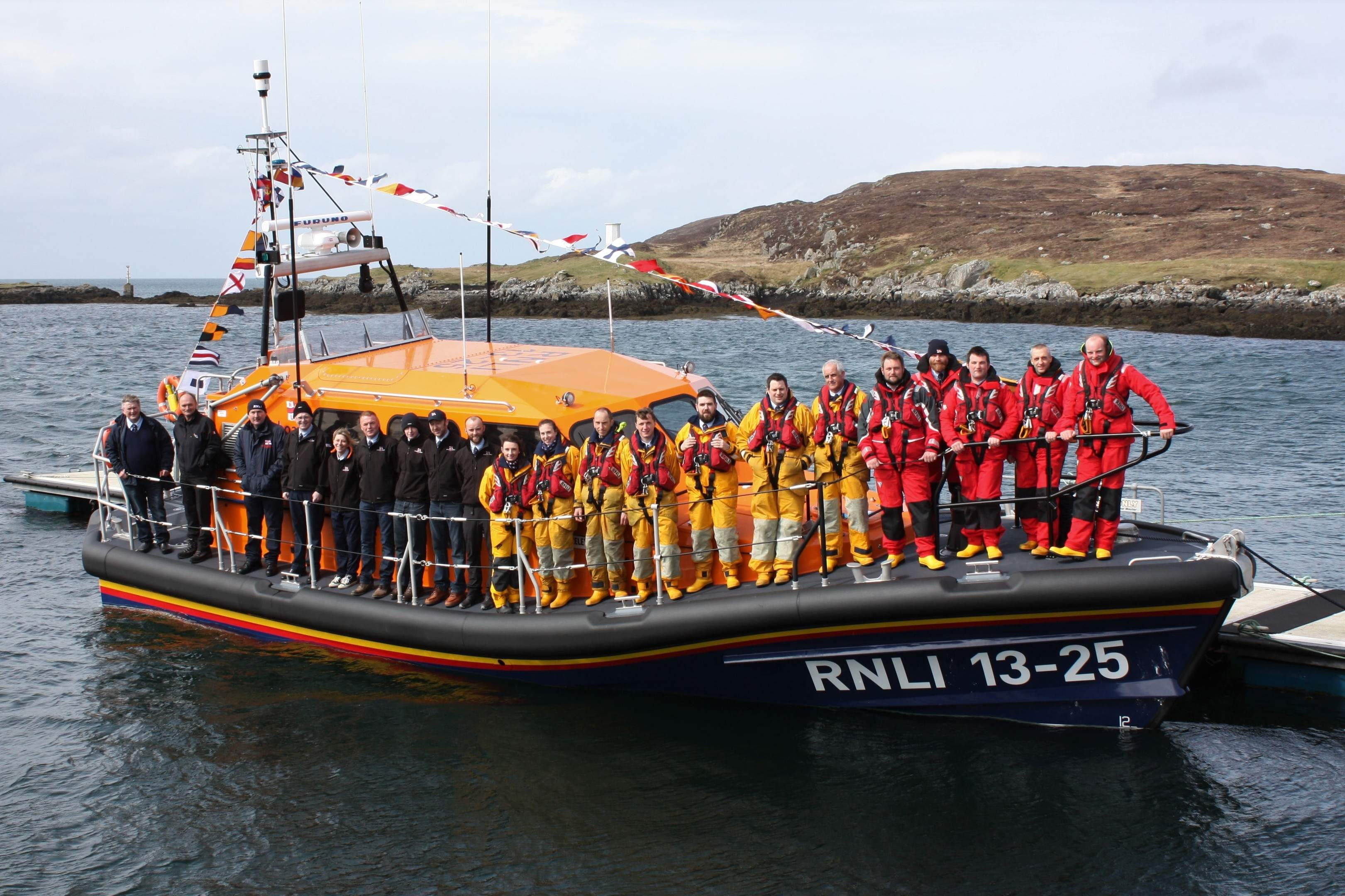 RNLI crews arrive at Leverburgh with the brand new lifeboat.