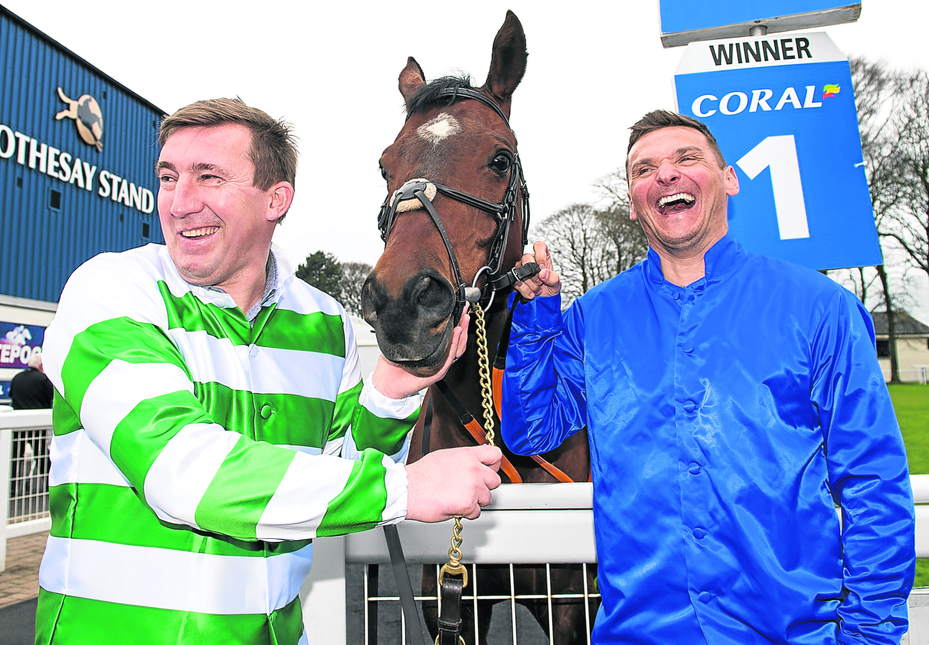 Former Celtic player Alan Stubbs (left) is pictured with former Rangers player Lee McCulloch as they preview this the Coral Scottish Grand National at Ayr Racecourse.