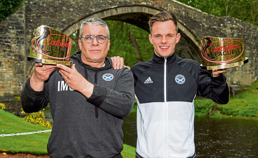 Ian McCall and Lawrence Shankland with their awards yesterday