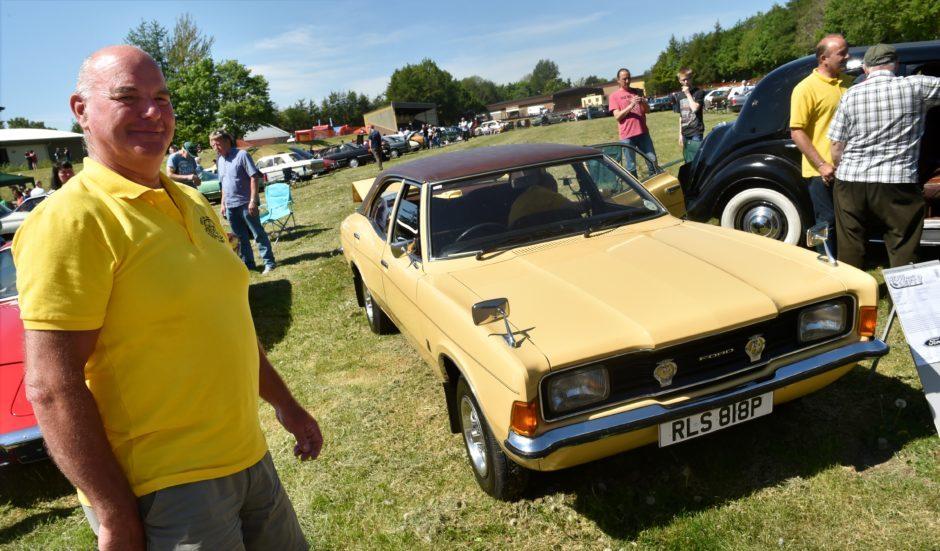 Cortina XL 1976