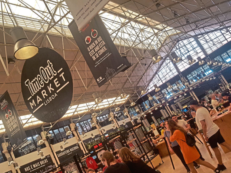 The Time Out Lisbon Market is an ideal spot to eat, particularly for families because everyone can choose what they want from among the many independent vendors
