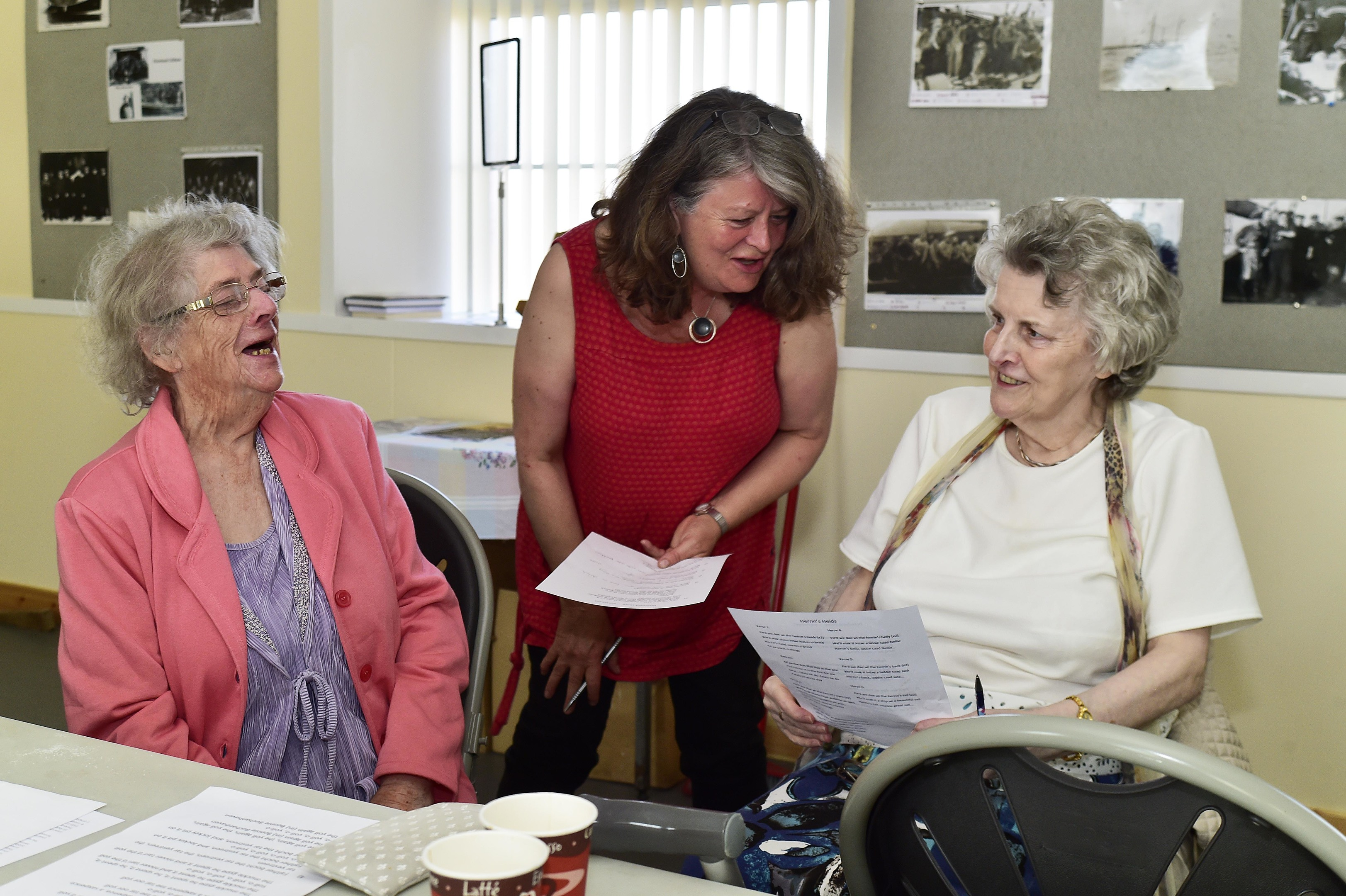 Christine Kydd, centre, at the Blue Toon Voices session over the weekend.