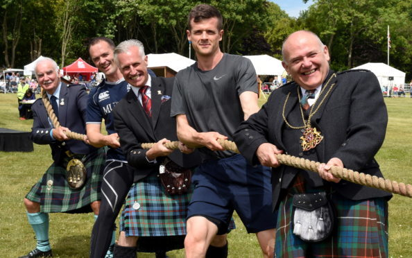 Alex McGuire, Fraser Davidson, Robert Lovie, Anthony Daffurn and Lord provost, Barney Crockett.