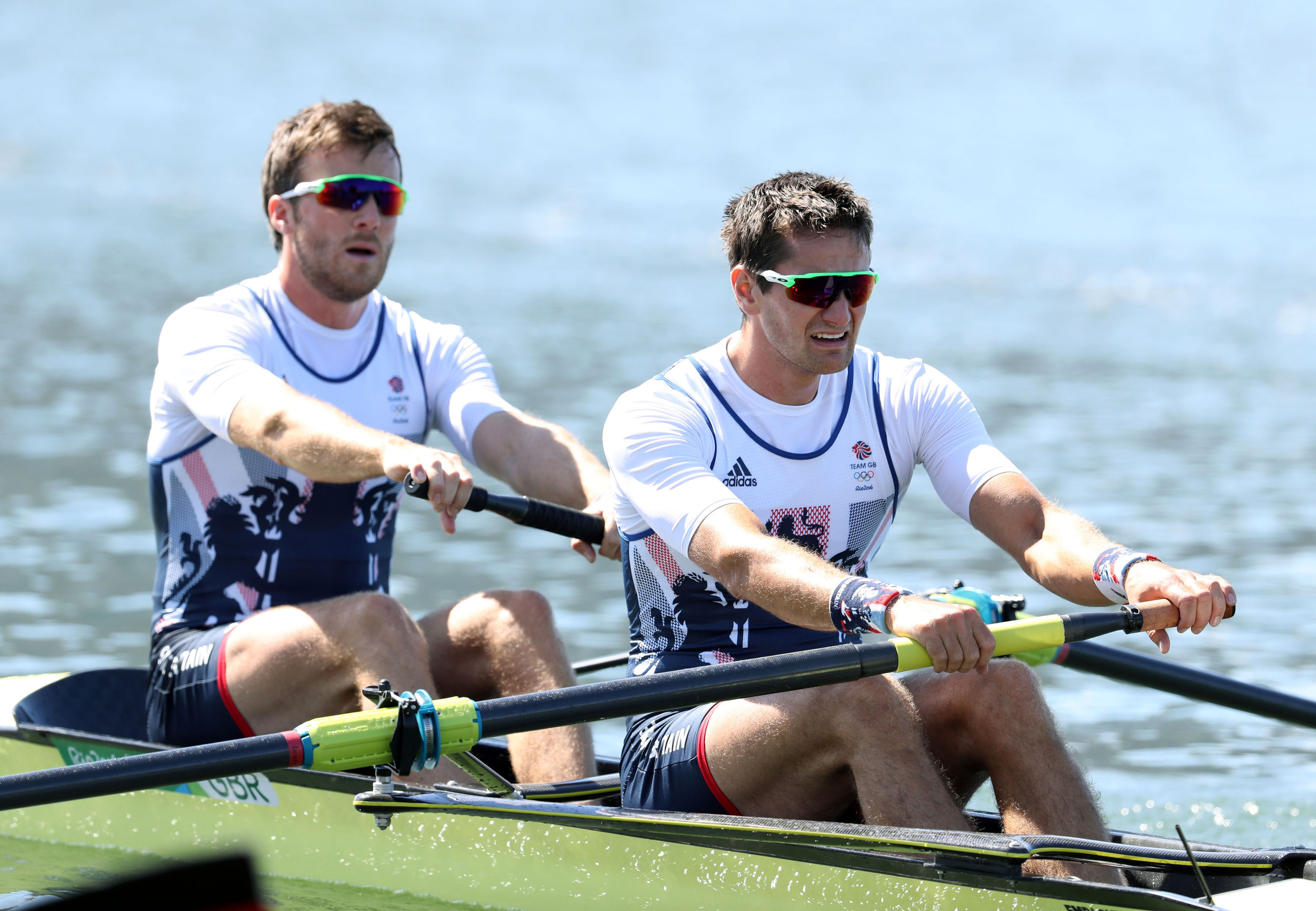 Alan Sinclair (left) rows with Stewart Innes at the 2016 Olympics.