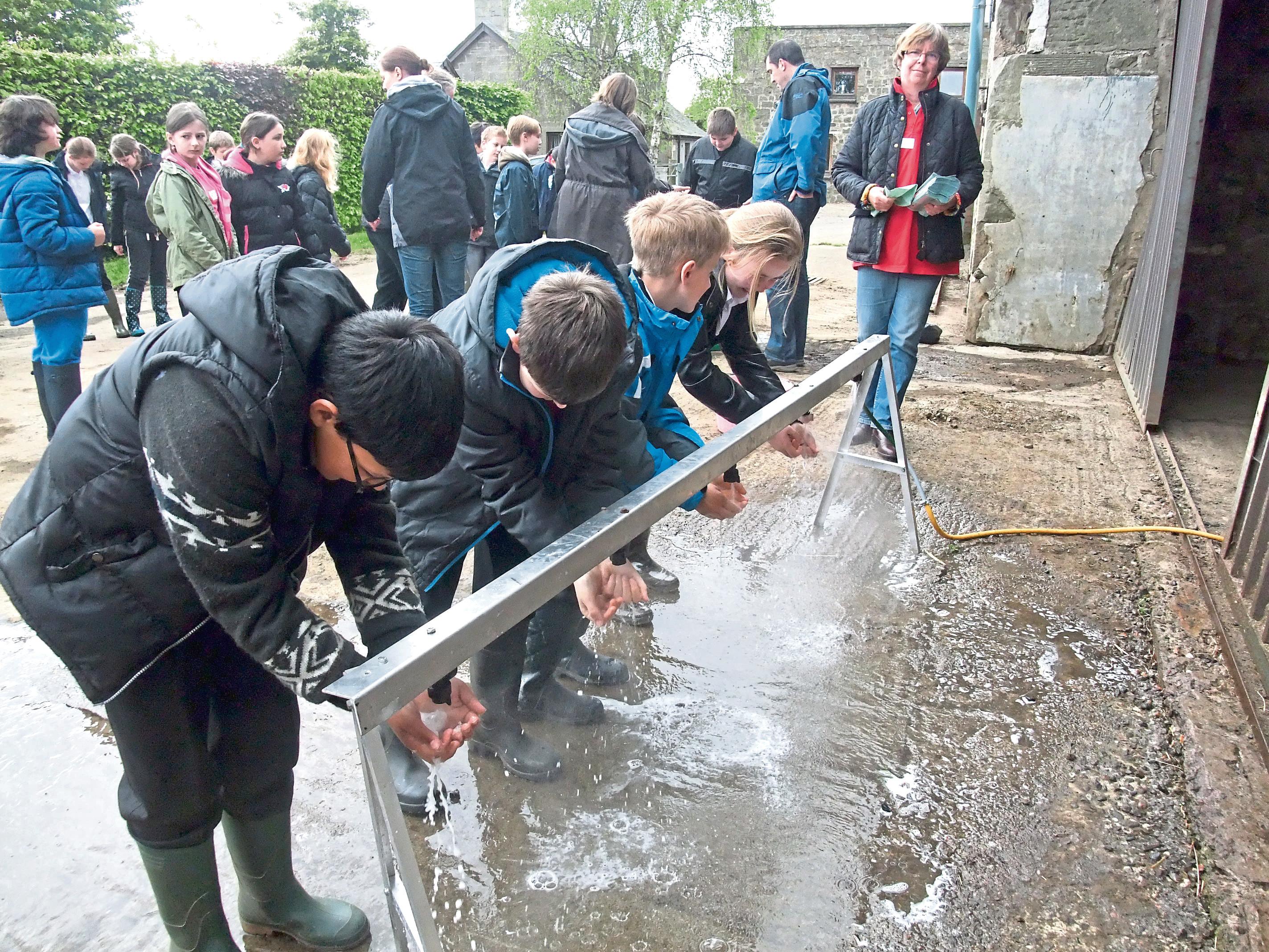 RHET organises farm visits for children.
