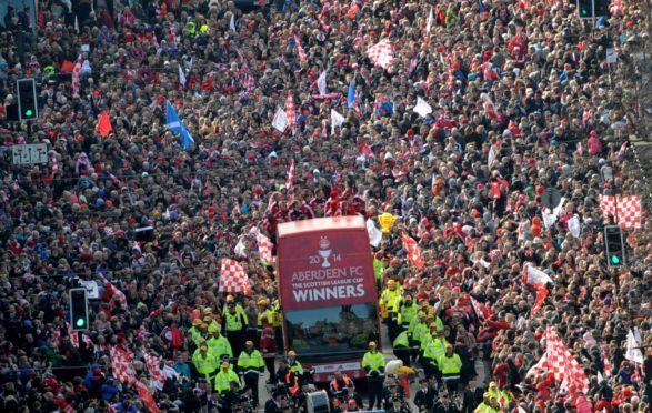 Dons fans will be able to call on extra trains as the head to Hampden hoping for a repeat of their 2014 triumph.