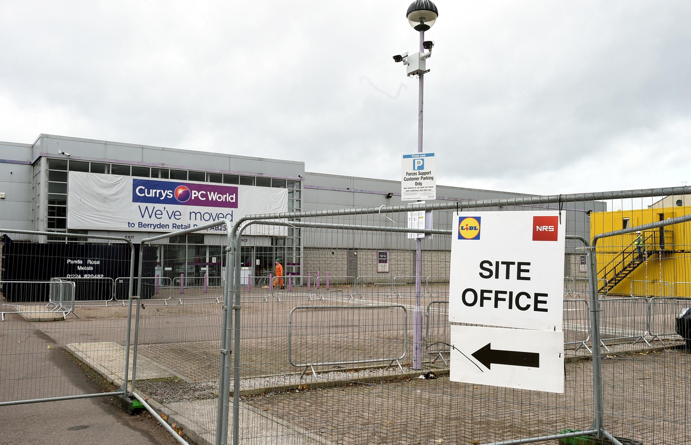 Work under way on a new discount supermarket in Aberdeen