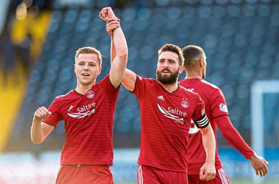 Aberdeen's Bruce Anderson (L) has moved to Dunfermline on loan.