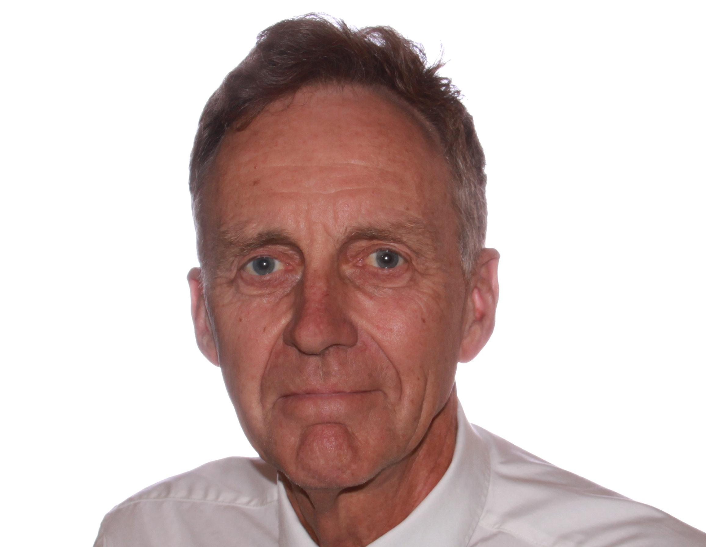 Dr Michael Gilbertson