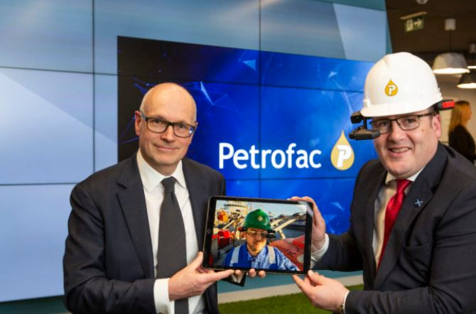 Petrofac chief operating officer John Pearson (left) at the Inovation Zone launch event with Scottish energy minister Paul Wheelhouse