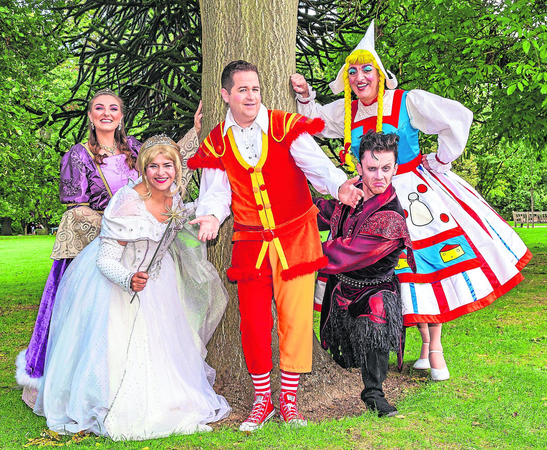 Steven Wren as Dame Trot Ross Allan as Jack Jennifer Neil as Jill Chris O'Mara as the villainous Fleshcreep  Marj Hogarth as the fairy