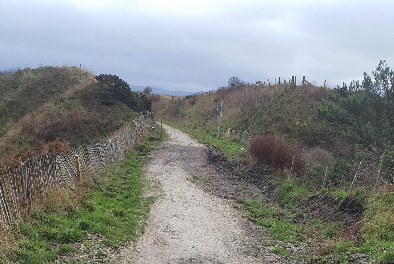 There are coastal paths between the likes of Cullen and Portknockie but no footpaths connecting Rothes to Craigellachie.