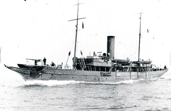 HM Yacht Iolaire, 1919.
