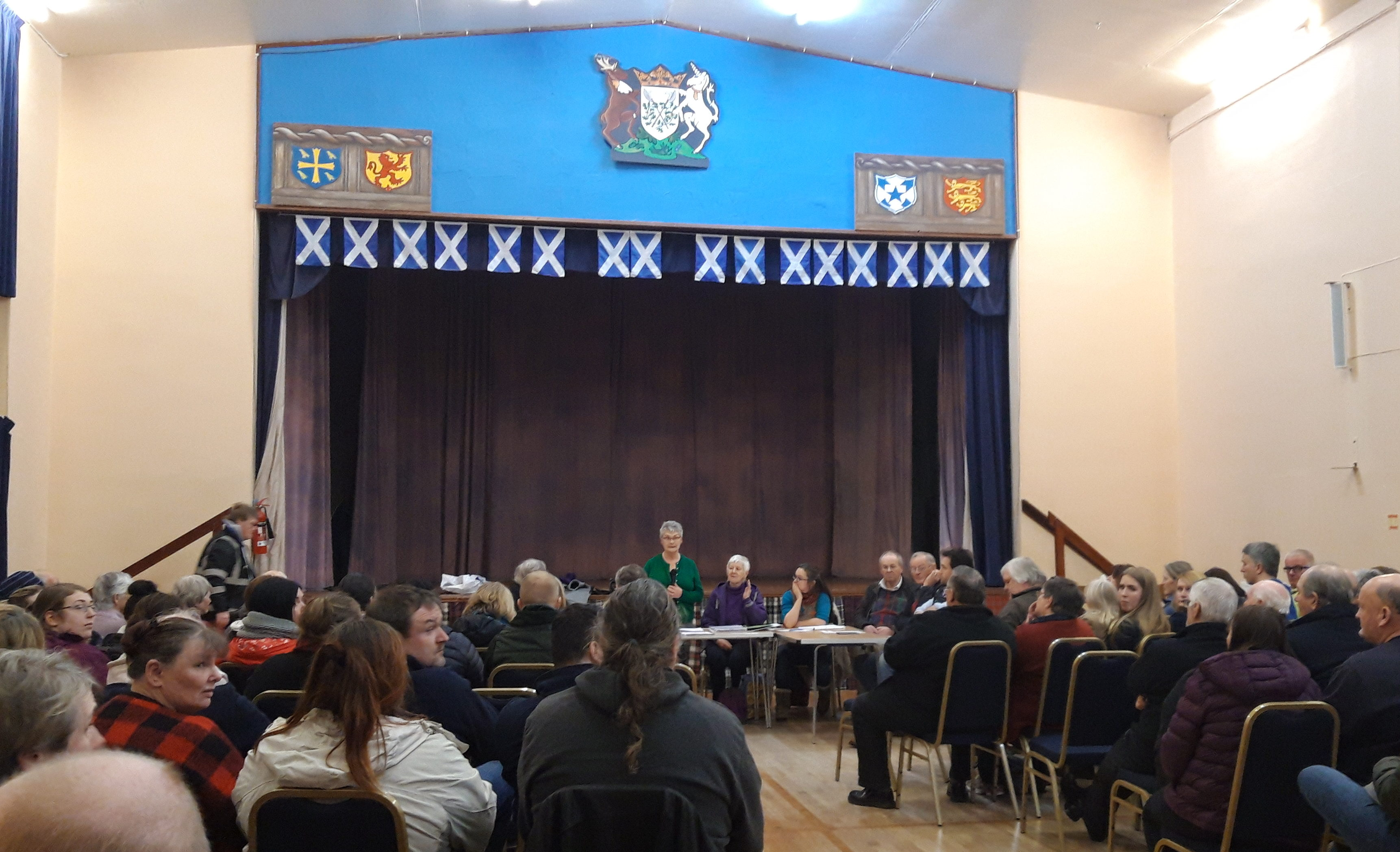 A meeting was held at Kilmallie Community Council  to discuss discuss its plan to place a Domestic Waste Transfer Building