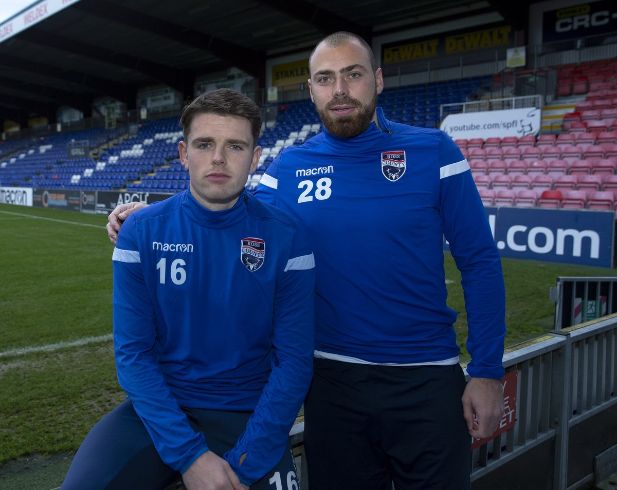 Lewis Spence, left, and Kenny van der Weg have joined Ross County.
