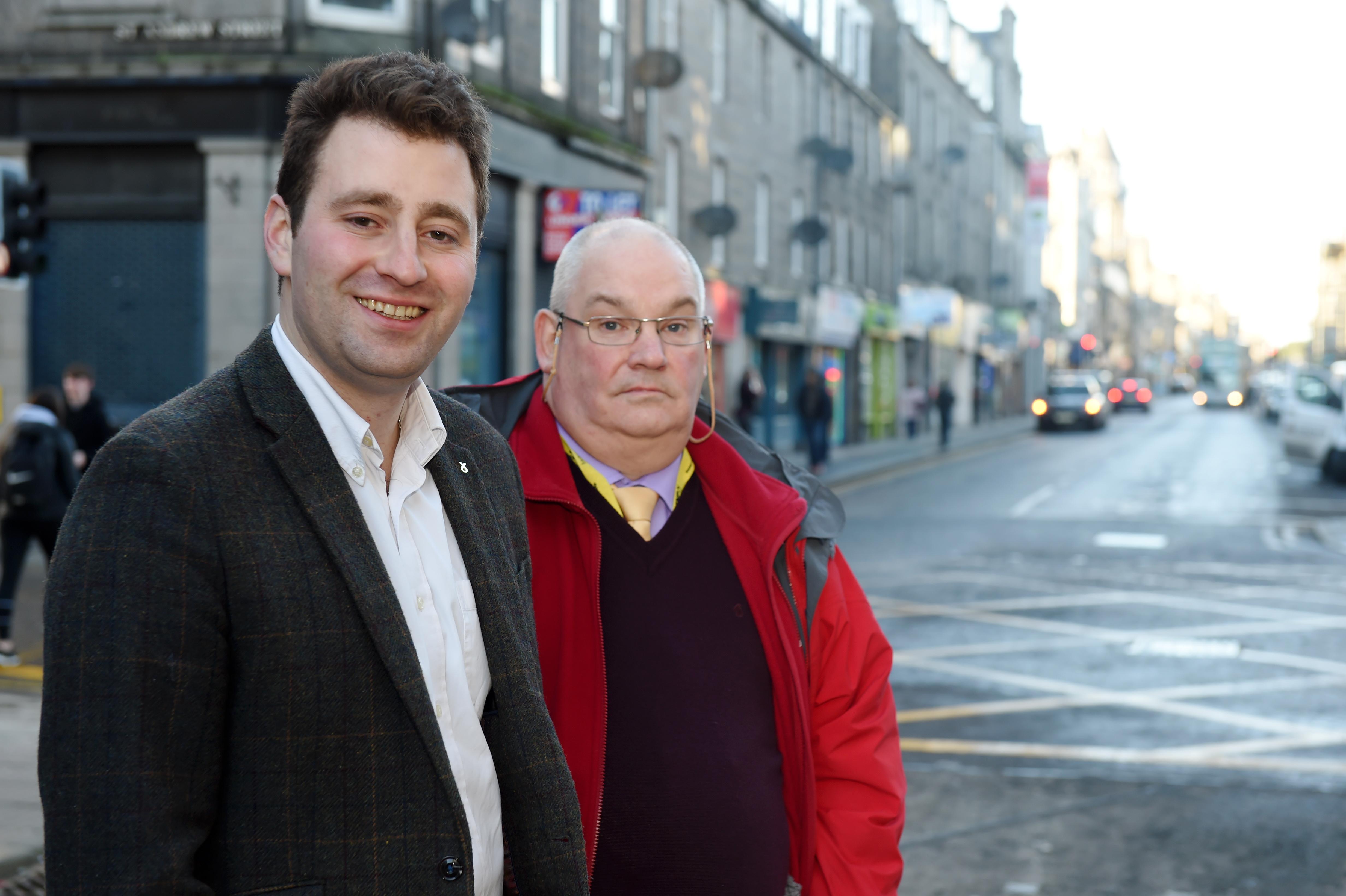 Councillors (L-R) Michael Hutchison and Dell Henrickson.