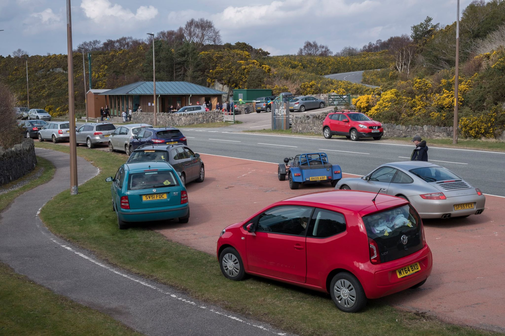 Kyle and Lochalsh Community Trust has formally completed the buyout of the former Skye Bridge toll building.