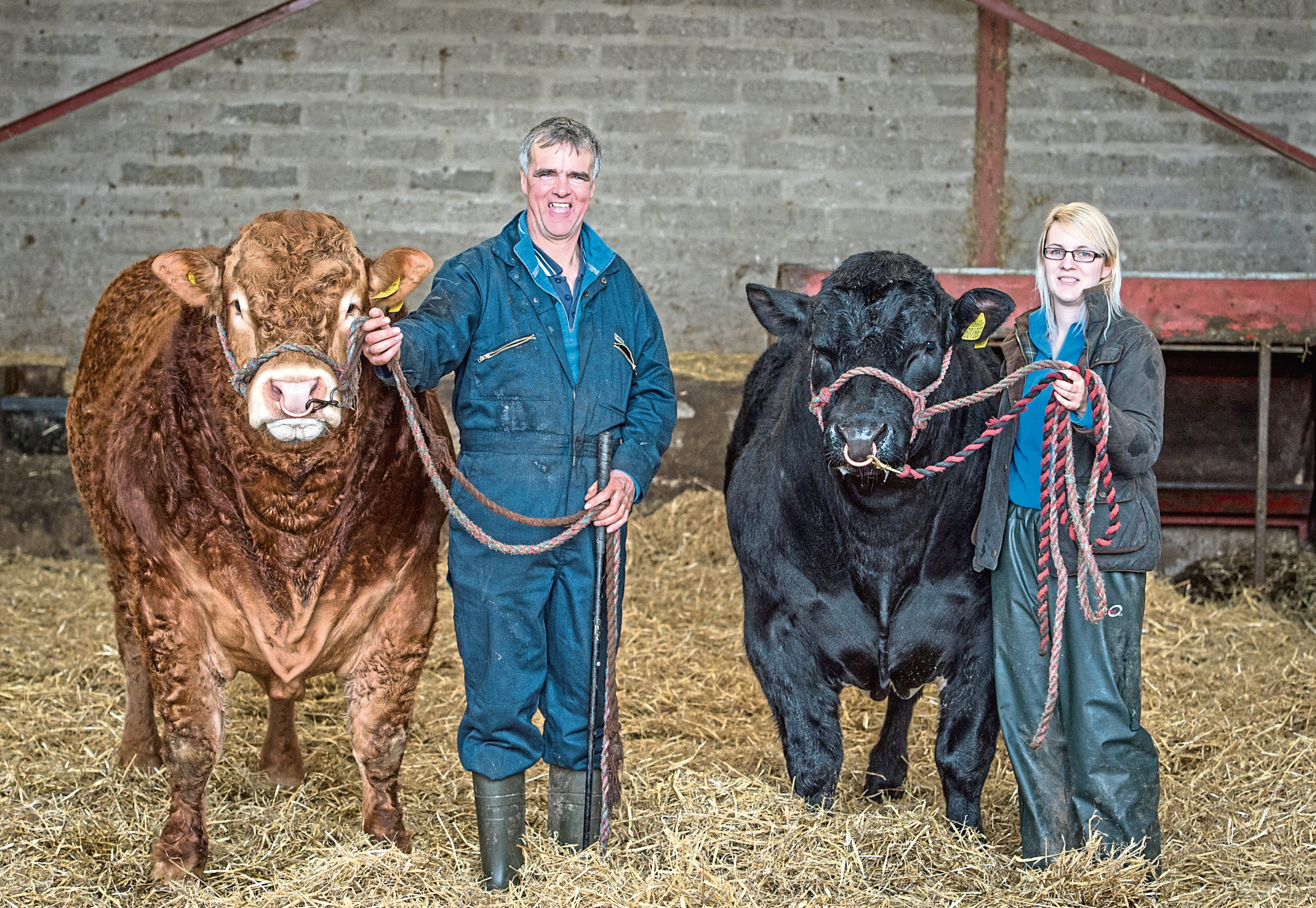 Picture by JASON HEDGES      Job Number: CR0006201 Farm feature on Fodderletter Farm near Tomintoul. Farmer Michael Robertson and SAC Beef consultant Sarah Balfour are pictured.