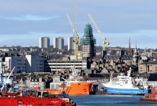 """The Aberdeen and Grampian Chamber of Commerce warned the inquiry that being able to export the supply chain is part of what """"anchors"""" oil firms to the north-east."""