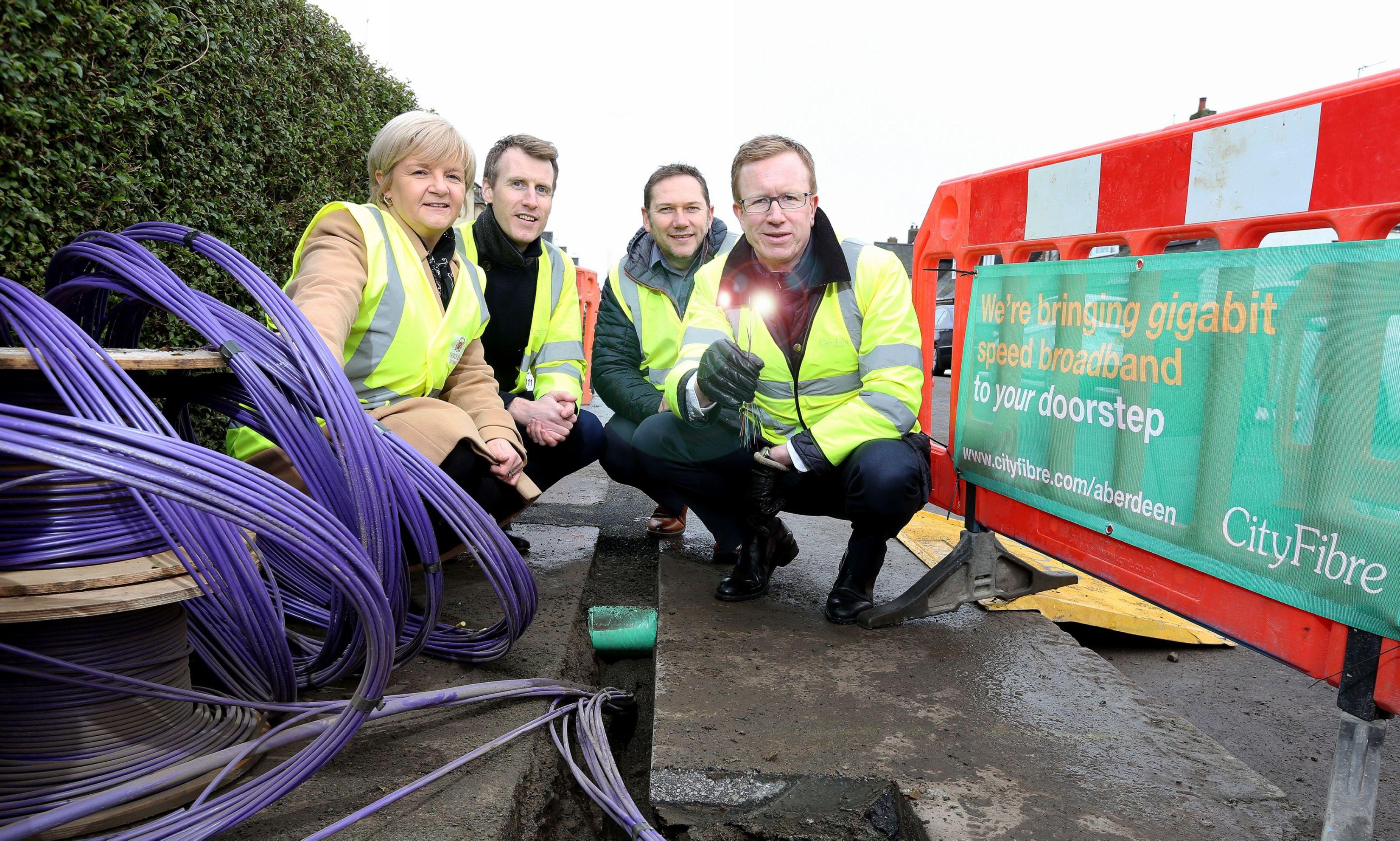 Councillor Jenny Laing, Allan McEwan, CityFibre Councillor Douglas Lumsden, Rob Hamlin