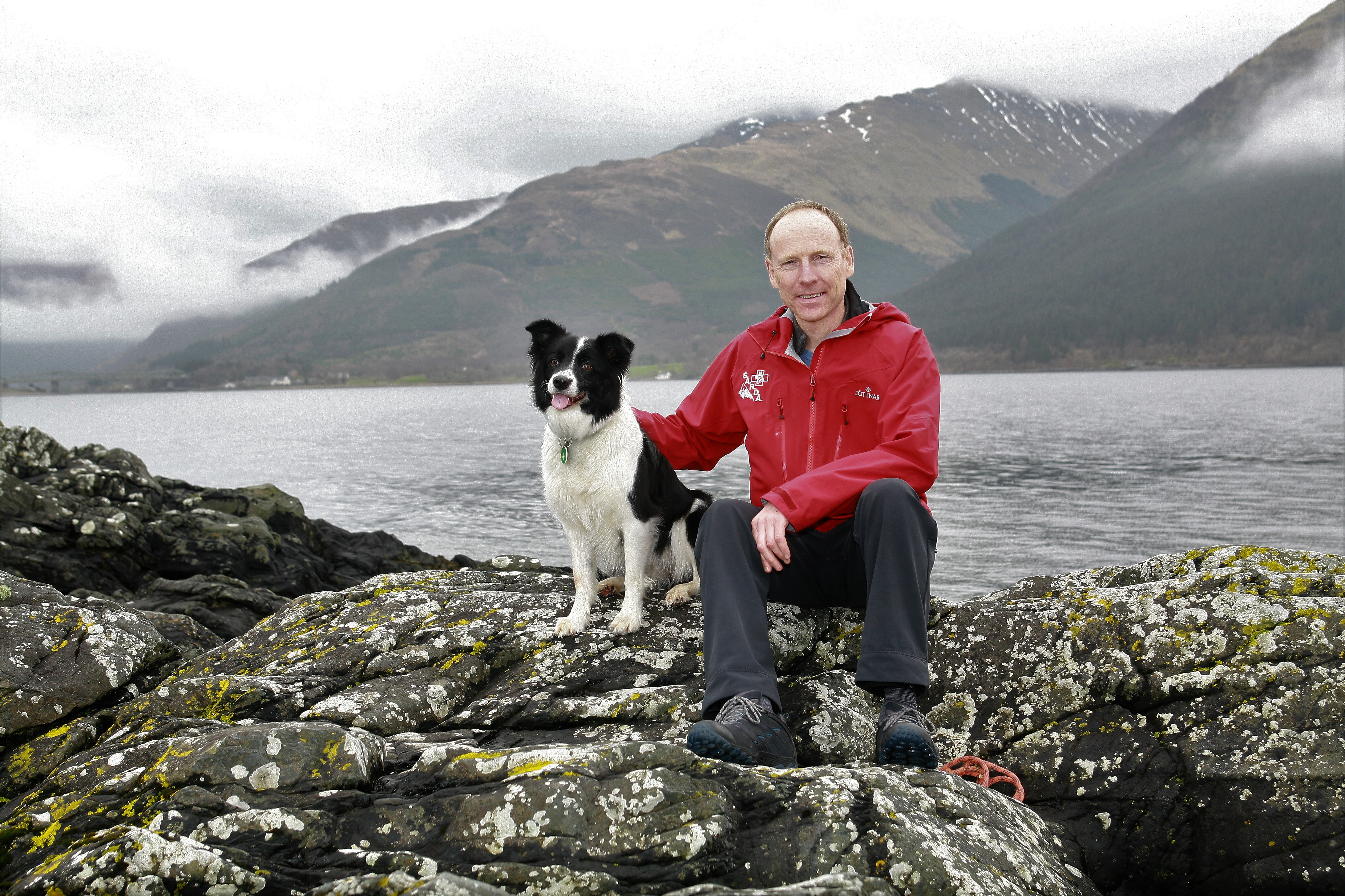 Philip GasKell of Search and Rescue Dog Association Scotland and his dog Jess.