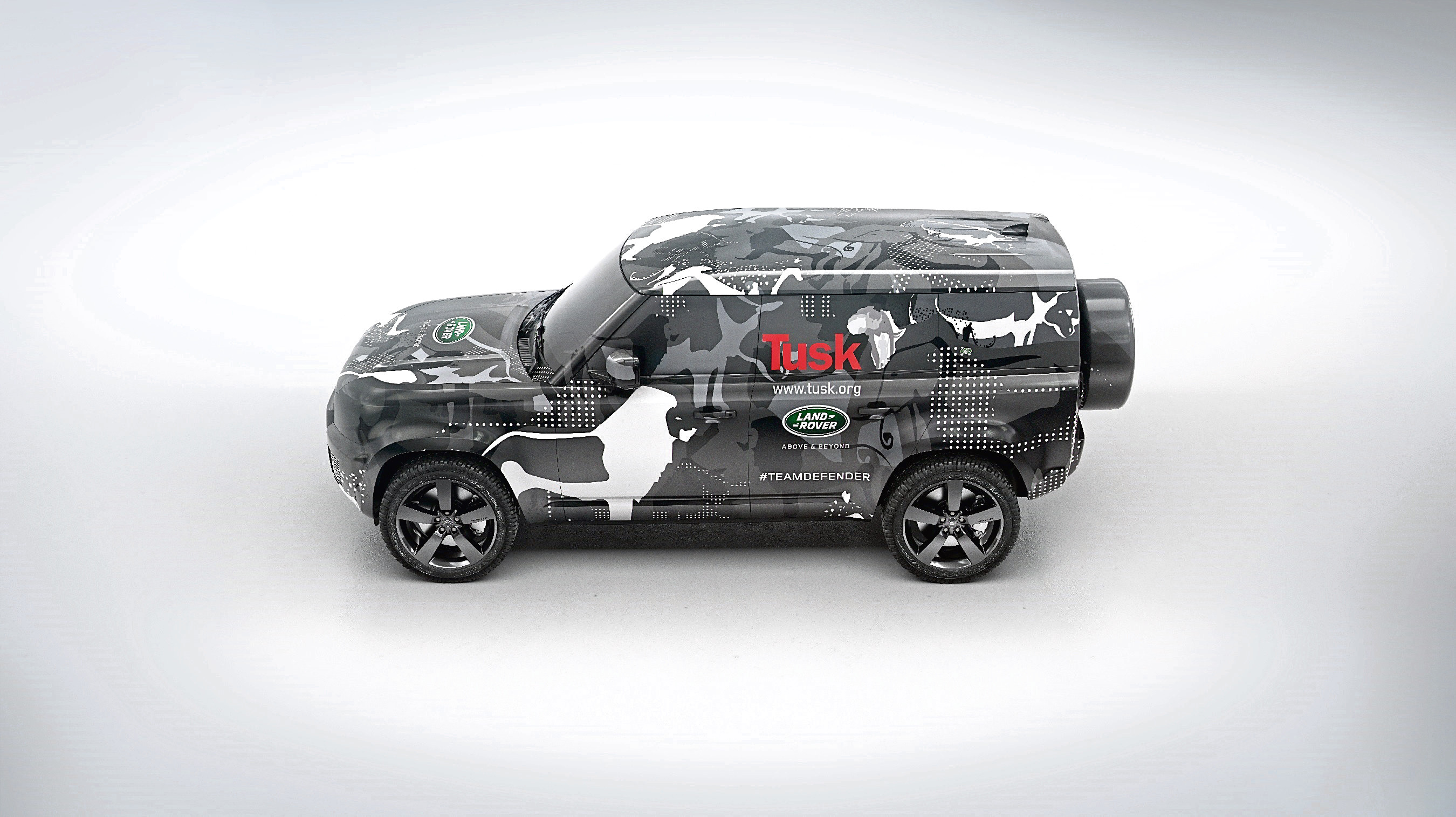 New Land Rover Defender showcased in lighter camouflage