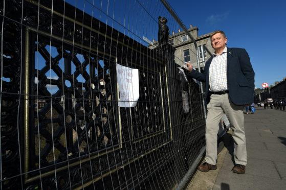 Councillor Alex Nicol calls for the council to finish work on Union Terrace Bridge