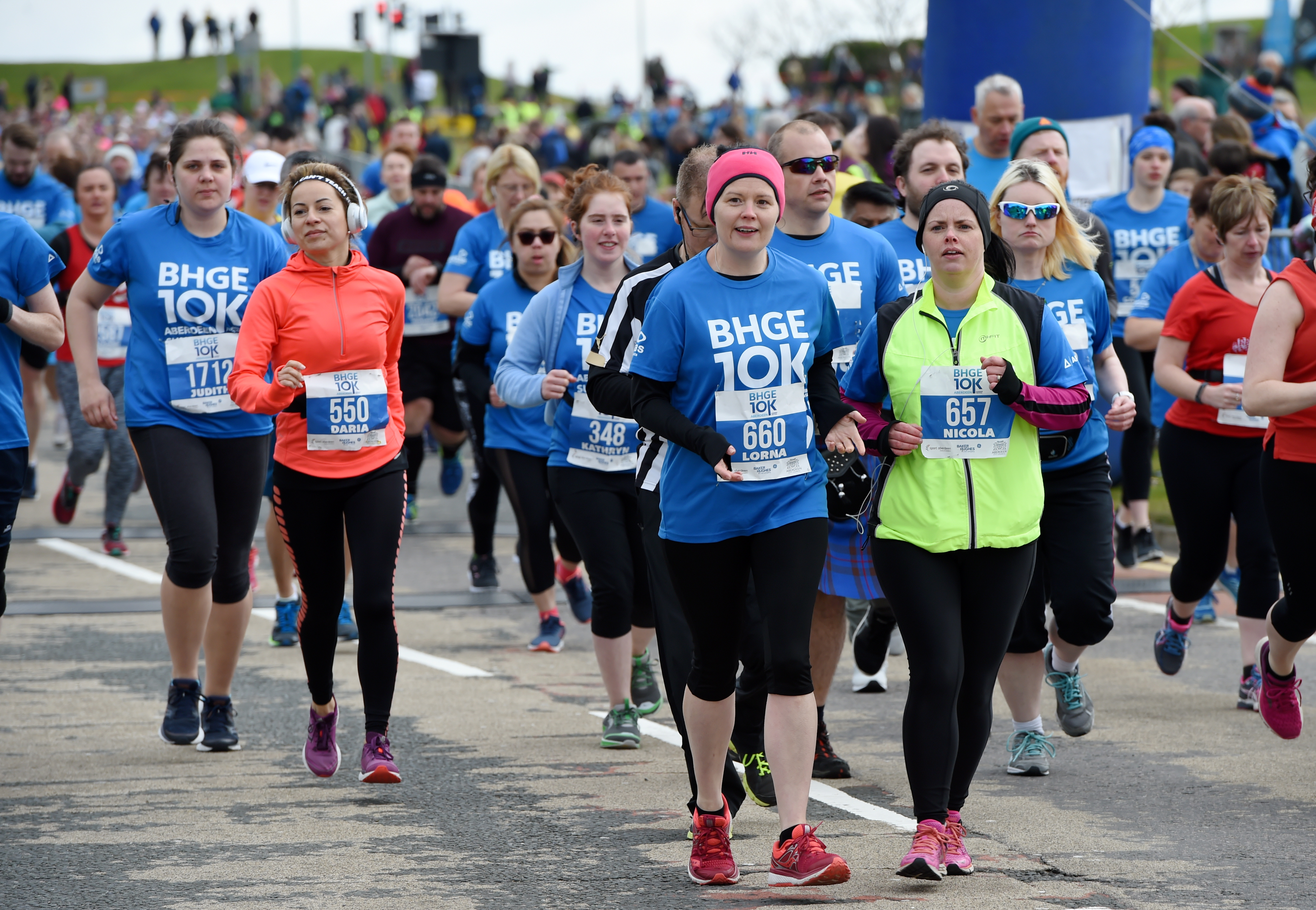 Competitors on the BHGE 10K. Photograph by Kenny Elrick