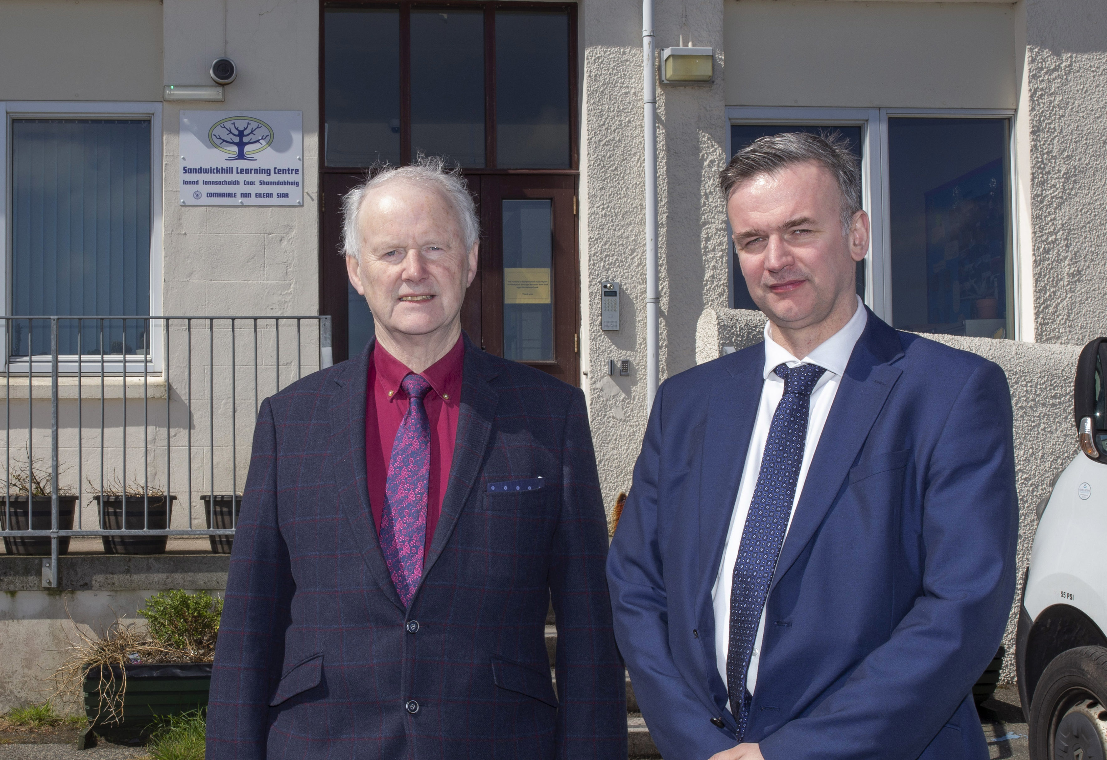 Councillors Rae MacKenzie and Gordon Murray at Sandwickhill School