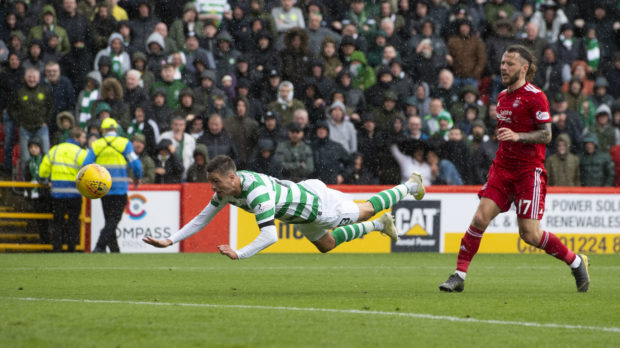 Celtic's Mikael Lustig scores to make it 1-0.