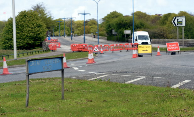PJ; Pictures of Roadworks at Duthie park roundabout and any traffic on the bridge over the Dee, and Great southern Road.  08/05/19 Picture by HEATHER FOWLIE