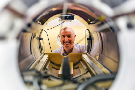 Professor David Lurie with the new FFC-MRI scanner.