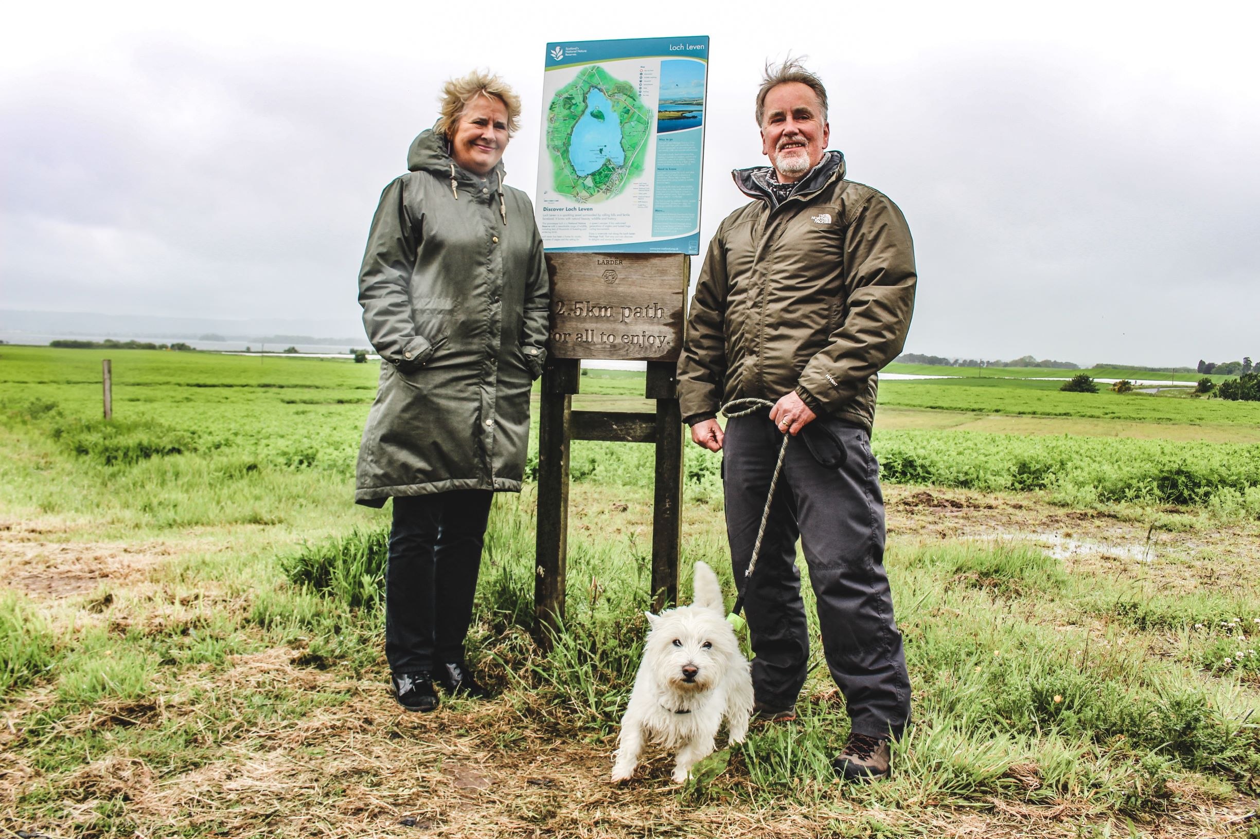 Environment minister Roseanna Cunningham with dog walker Dave Alsson.