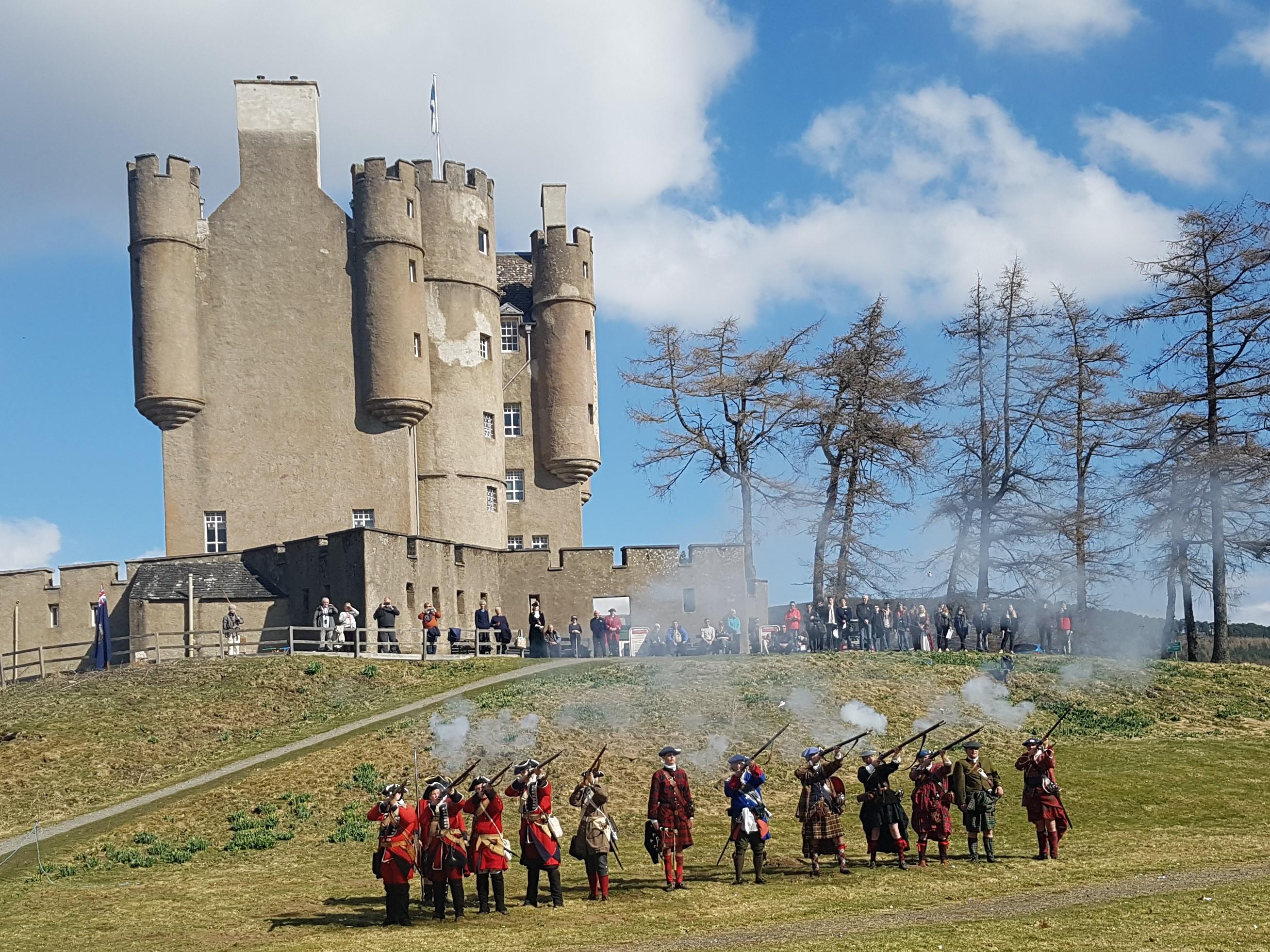 Braemar Castle hosting a reenactment last year