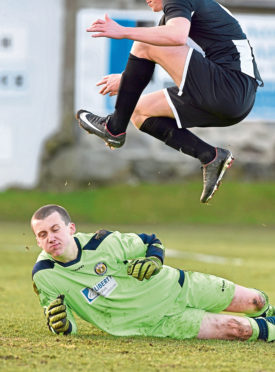 Keeper Martin MacKinnon in action for Fort William during a previous loan spell. Picture by Colin Rennie