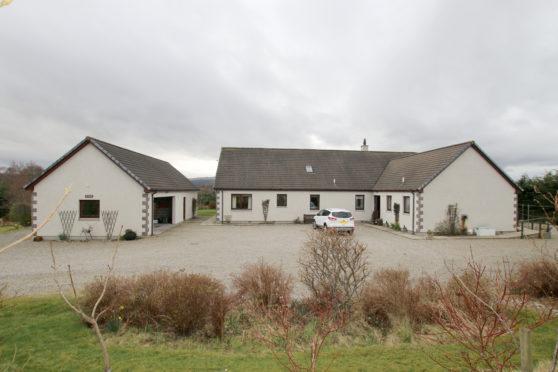 Ullinish House