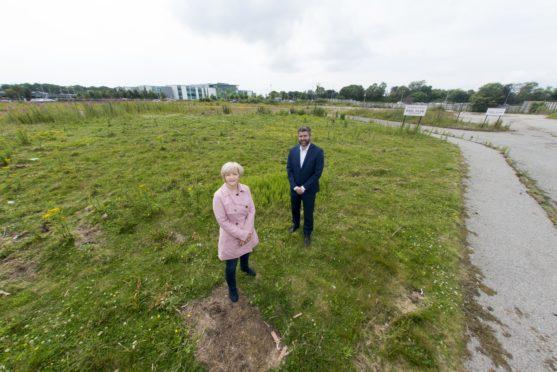 Councillor Jenny laing and Gordon Pirie CBRE